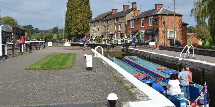 Grand Union Canal Stoke Bruern