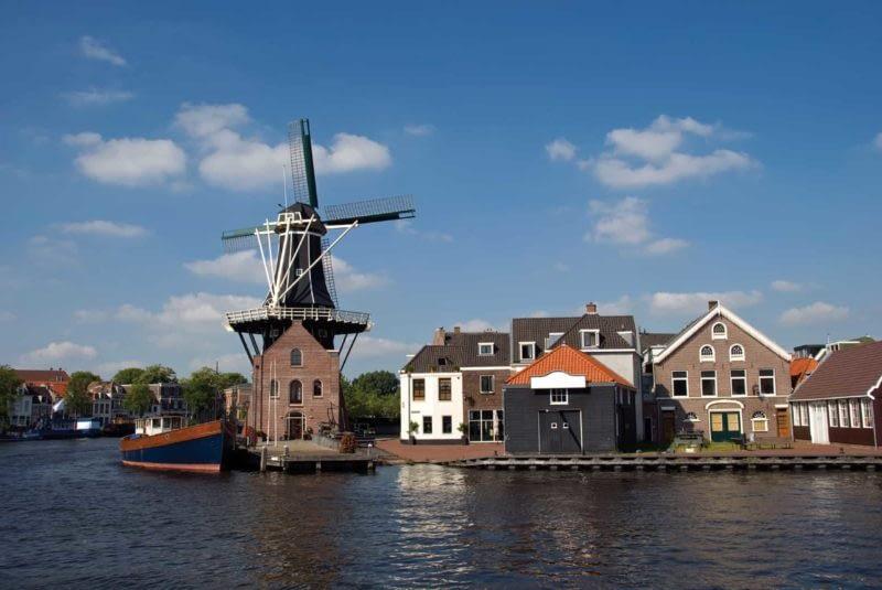 Dutch_Canal_Scene